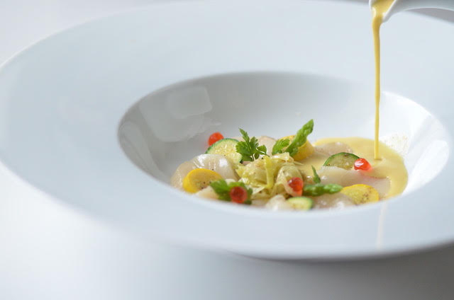 Hokkaido Scallop Creamy Soup and Carpaccio, Crispy Vegetables
